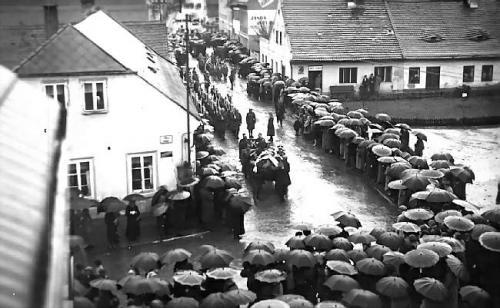 Rok 1938 Památník SOS